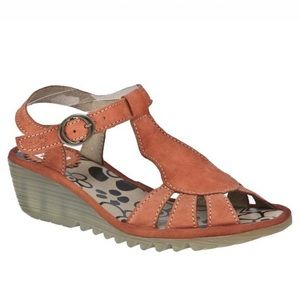 FLY LONDON Oily Orange Leather Wedge Sandal 39